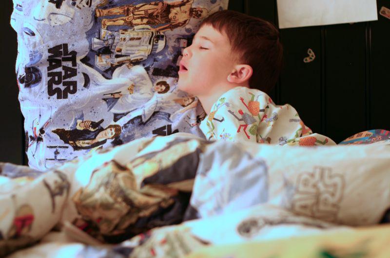Jonah sleeping 002